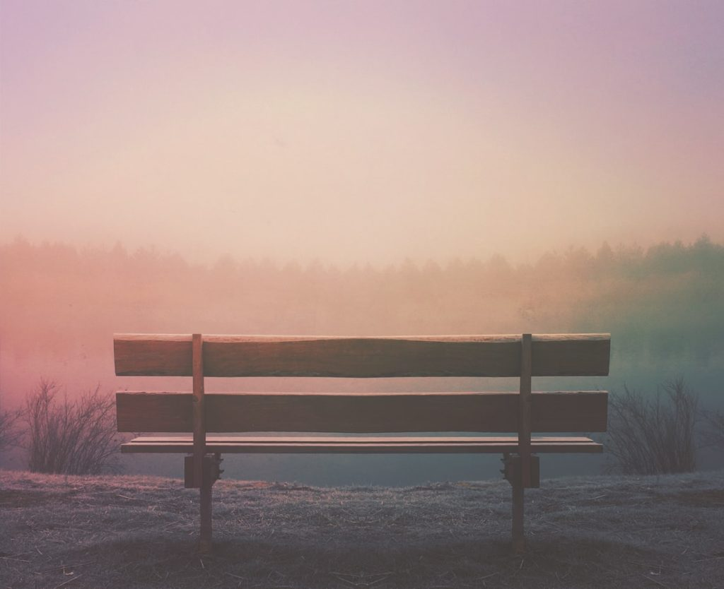 Poemas sobre la nostalgia, un rincón en donde el dolor, la desesperanza, la tristeza y la decepción se convierten en fundamentos básicos del ser humano y la grandeza de sentir.